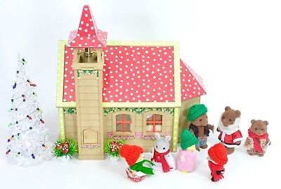 *fistuff* Sylvanian Families Xmas Decorated Vintage Church School/House Figures
