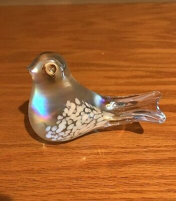 Beautiful Vintage Art Clear Glass Bird Satin Opalescent