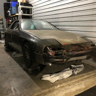 1988 Mazda RX-7 Coupe Rolling chassis