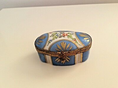 19Th Century Sevres Porcelain Hinged Trinket Pill Box