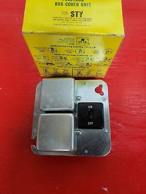 "Bussmann Fusetron Type STY 4"" Square Box Cover Plug Fuseholder 125/250VAC 15/10A"