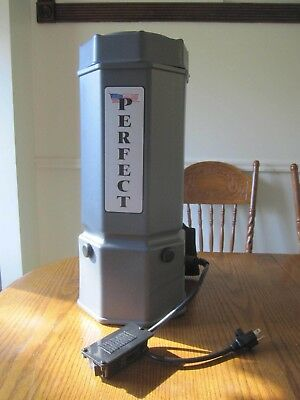 PERFECT COMMERCIAL BACKPACK VACUUM 6 QT NEW with accessories