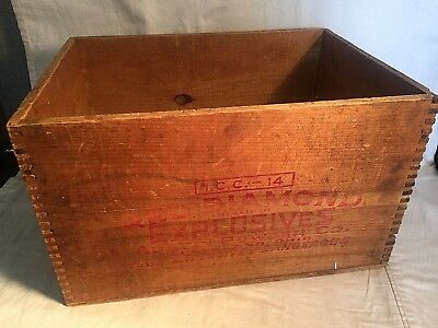 Vintage RED DIAMOND EXPLOSIVES wood dovetail box ICC-14 AUSTIN POWDER 50 lbs