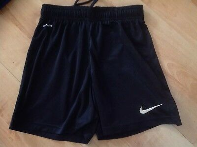 Black Youth Park Shorts Size Small, Age 8-10 Excellent Condition