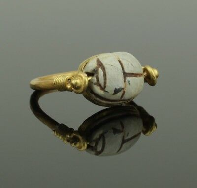 ANCIENT EGYPTIAN GOLD SCARAB RING - Middle Kingdom c. 2010 - 1793 B.C   00351