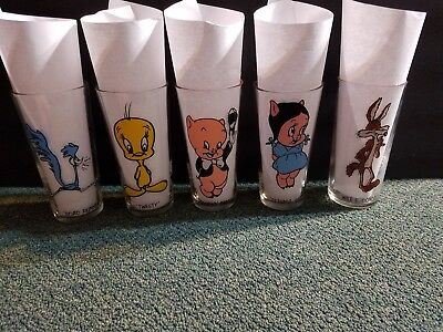 Vintage 1973 Pepsi Collector series Looney Tunes Glasses lot of 5