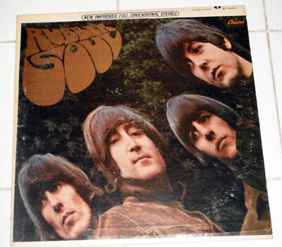 4 Beatles LP's / Rubber Soul, MMT, Sgt Peppers, Intro w/ Ver 1 Cover