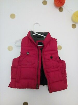 Boys Gap Gillet 12-18 months very good condition