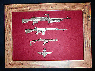 Framed British Army Parachute Regiment 1/6 scale weapons