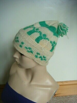 """Unisex Fab Hand Knitted Vintage 1980's Wham """"Last Christmas"""" Bobble Hat One Size"""