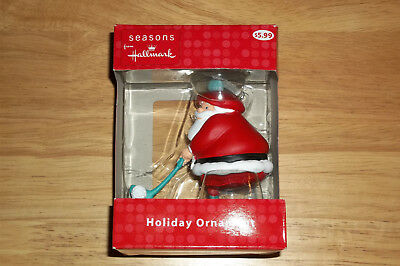 Hallmark Golfing Santa Holiday Ornament (2011), NEW
