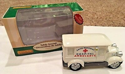 **NEW** Lemax Smith Memorial Hospital AMBULANCE Table Accent CHRISTMAS VILLAGE
