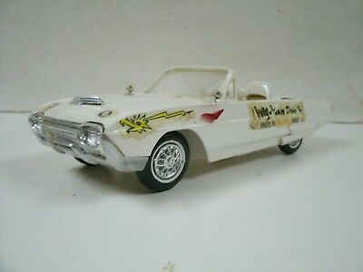 Vintage AMT 1963 Ford Tunderbird Convertible 1:25 Built Model Car