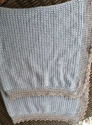 """Vtg 60s 70s Hand-Knit Baby Or Throw Blanket 42"""" X 34"""" Blue & Taupe"""