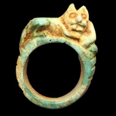 Beautiful Rare Ancient Egyptian Ring With Laying Cat 300 Bc (4)