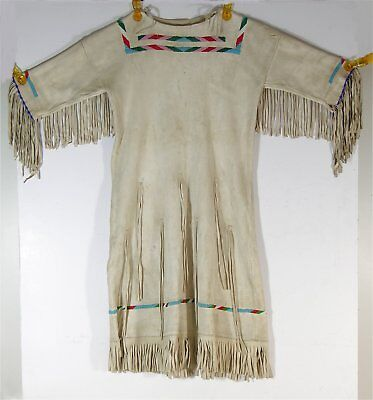 1950s NATIVE AMERICAN SIOUX INDIAN BEADED FRINGED HIDE GIRLS DRESS BEAUTIFUL