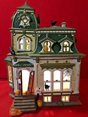 Haunted Mansion Dept 56 Snow Village Halloween 54935 animated house manor A