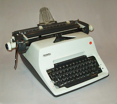 Vtg 1970s Olympia SG3 Manual Desk Typewriter Works Great Best Old Machines Ever