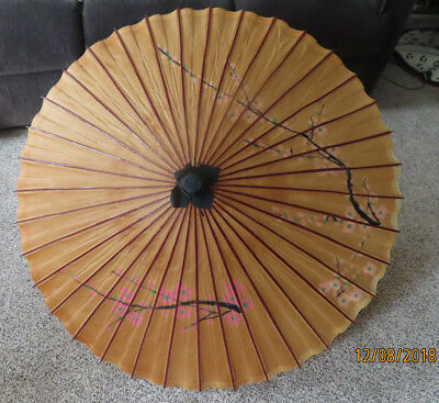 VINTAGE Asian Japanese Chinese UMBRELLA Lacquered Rice Paper & Bamboo 38 - 40""