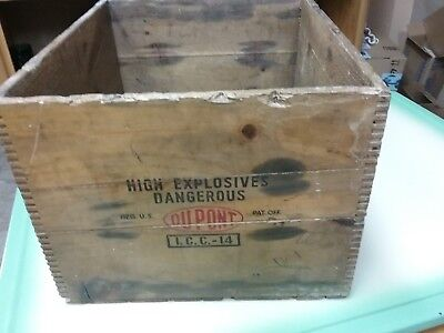 Vintage Dupont Explosives Wood Crate Box 50 Lbs Dynamite & 2 Wildlife Pictures