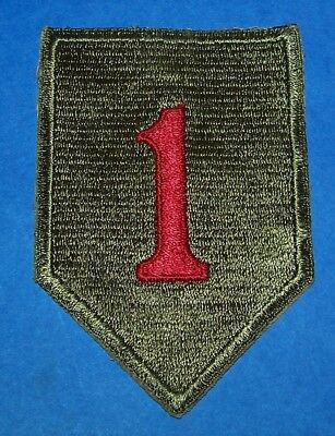 ORIGINAL CUT-EDGE WW2 1st INFANTRY DIVISION PATCH, LARGER SHIELD VARIATION