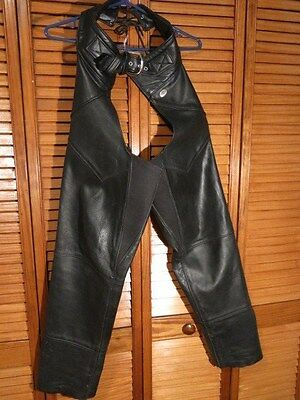 Ladies Harley Davidson Chaps Size Small  30 inch leg Black Leather 22 inch Thigh