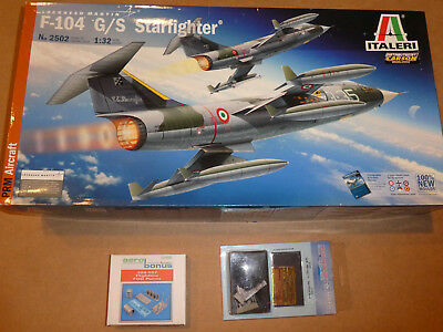 Italeri 2502 Lockheed F-104G/S Starfighter plus Extras 1/32