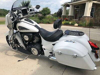 2018 Indian Chieftain  2018 Indian Chieftain Limited - like new with $750 parts credit
