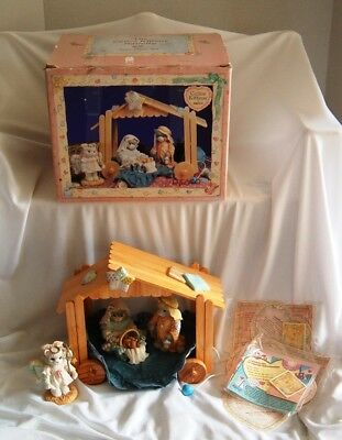 Vintage 1993 Enesco Calico Kittens Nativity set with Certificates and Box