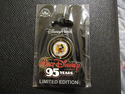 Wdw Disney Company Cast Exclusive Le1000 95 Years Pin Mickey Mouse
