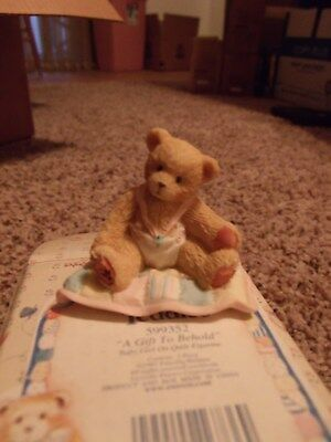 Enesco Cherished Teddies A Gift To Behold Baby Girl Teddy Bear On Quilt 599352