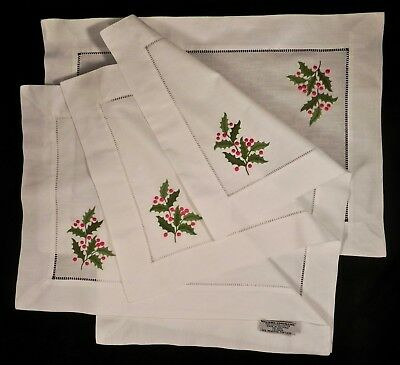 4 Williams Sonoma Hemstitched Holly Placemats, Pretty Embroidered Holly 13.5x20