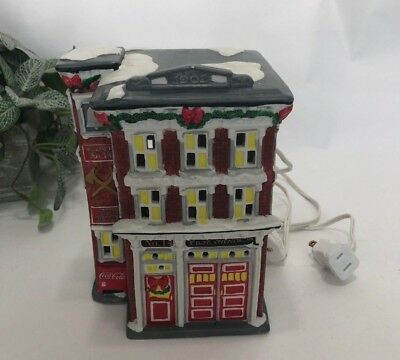 Coca Cola Town Square Collection Station #14 Firehouse Christmas Lighted ~ 1994