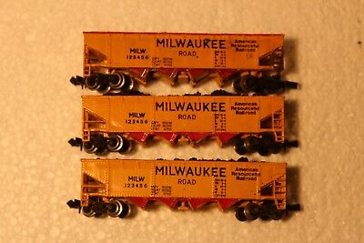 3X Milwaukee Road 4 Bay Hoppers With Coal Loads Standard Couplers