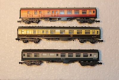 3X Passenger Carriages, Mixed, Standard Couplers & Wheels Intact See Pics