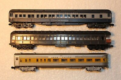 3X Passenger Carriages, Mixed Lot 2, Standard Couplers & Wheels Intact See Pics