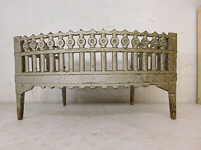 Antique Bradley Hubbard B&H 91 22 Cast Iron Gothic Fireplace Grate Log Holder