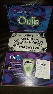 Ouija Board Game Glow In The Dark Game Hasbro Parker Brothers 1998 FREE SHIP!
