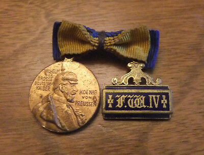 Ww1 Miniture German Medal And Ribbon
