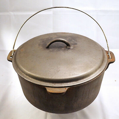"Vintage or Antique Large, Cast Iron Dutch Oven with lid 12"". Unmarked"