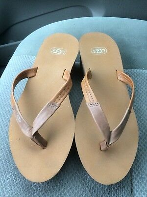 dc54d4e3e8d UGG WOMEN'S MAGNOLIA Flip Flop Chestnut 6 New No Box Smoke Free Home ...