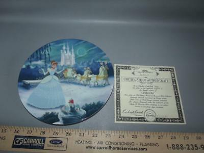 Knowles Disney *CINDERELLA* Illustrated Collectors Plate with COA