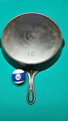 Wagner Sidney O.  HARD to FIND Straight Center Logo 10 cast iron skillet
