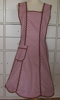 Ladies Apron Rick Rack Trim Cute Retro Look Size S-M Handsewn FREE SHIPPING