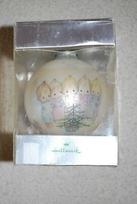 Hallmark 1973 Betsey Clark Tree Trimmer Carolers w/ Tree Christmas Ball