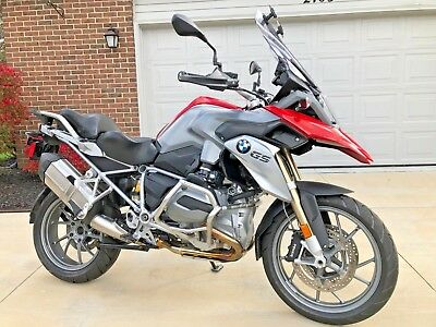 2013 BMW R-Series  2013 BMW  R 1200 GS One Owner- only 9, 682 miles