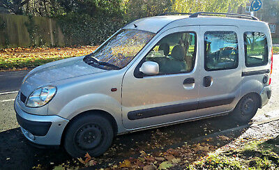 Renault Kangoo 1.6L 16V  DISABLED DISABILITY VEHICLE WHEELCHAIR ACCESSIBLE WAV