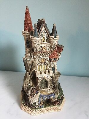 David Winter - Witch's Castle - Mystical Castles - Limited Ed  #1704 Excellent