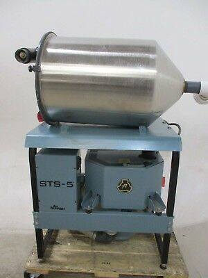 Used Air Techniques STS-5 Dental Vacuum Pump System w/ CAS 8-Gallon Tank