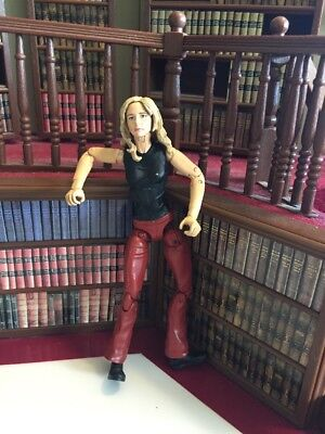 """Buffy """"graduation Day"""" Deluxe Figure Series 1 Diamond Select Toys"""